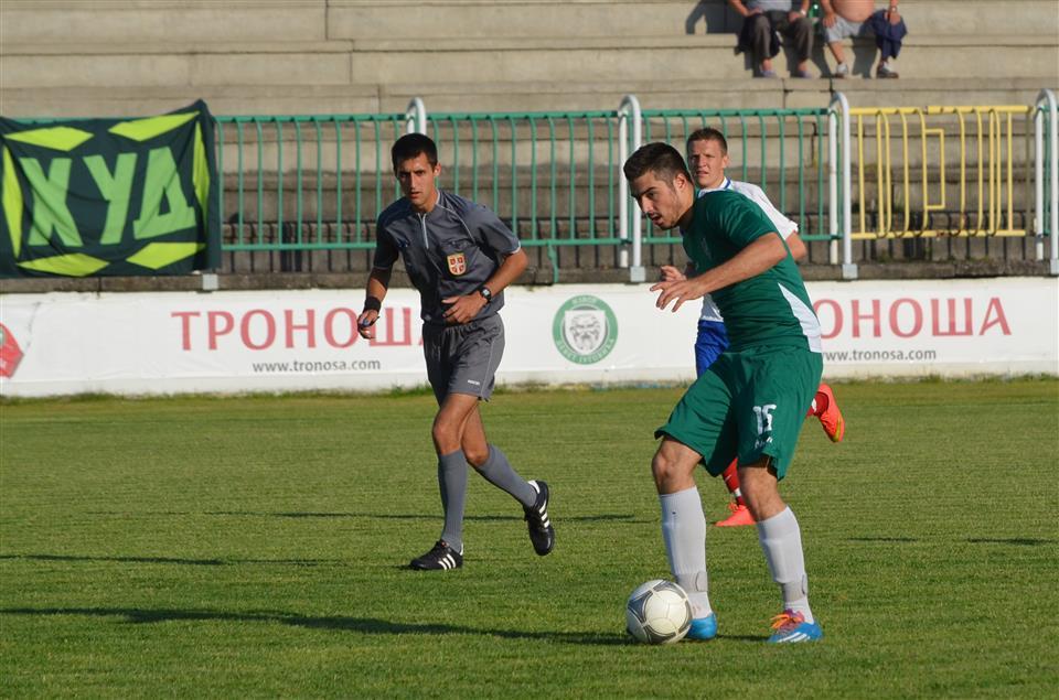 FK Loznica - foto n trifunovic (1) (Custom)
